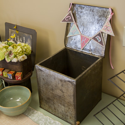 Tin Box with Lid