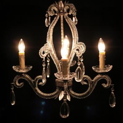 4-light chandelier