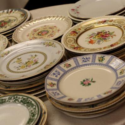 mismatched wedding plates